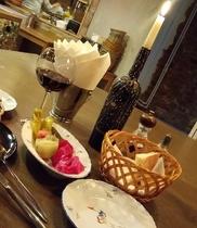 Кафе Есть хинкали & Пить вино, Москва