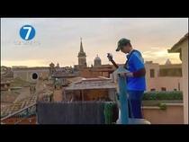 Watch L'ITALIA IN QUARANTENA: PIAZZA NAVONA 'INVASA' DALLE NOTE DI MORRICONE now