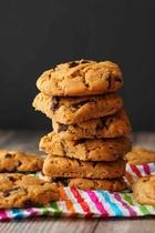 Веганское печенье с арахисовой пастой и шоколадом